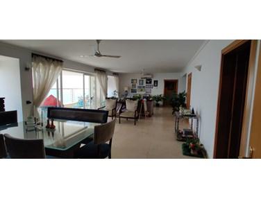 Living Room - Raheja Sunkist, Bandra West
