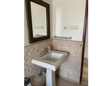 Bathroom 22 - The Point, Bandra West