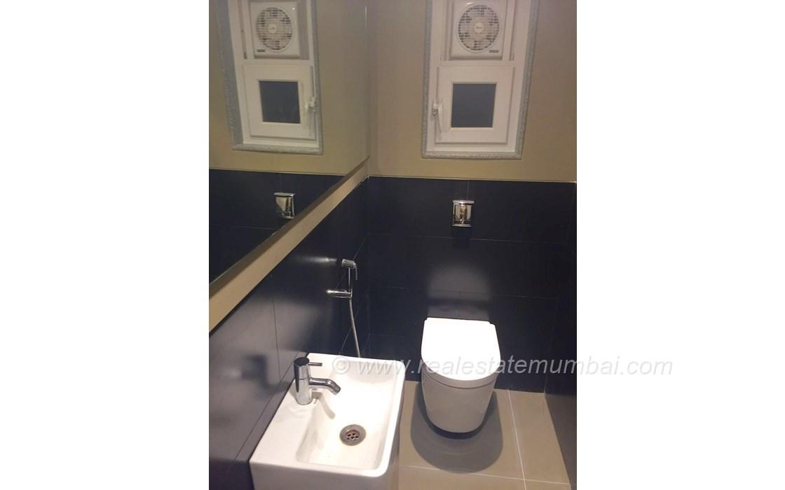 Washroom1 - Makhija Chambers, Bandra West